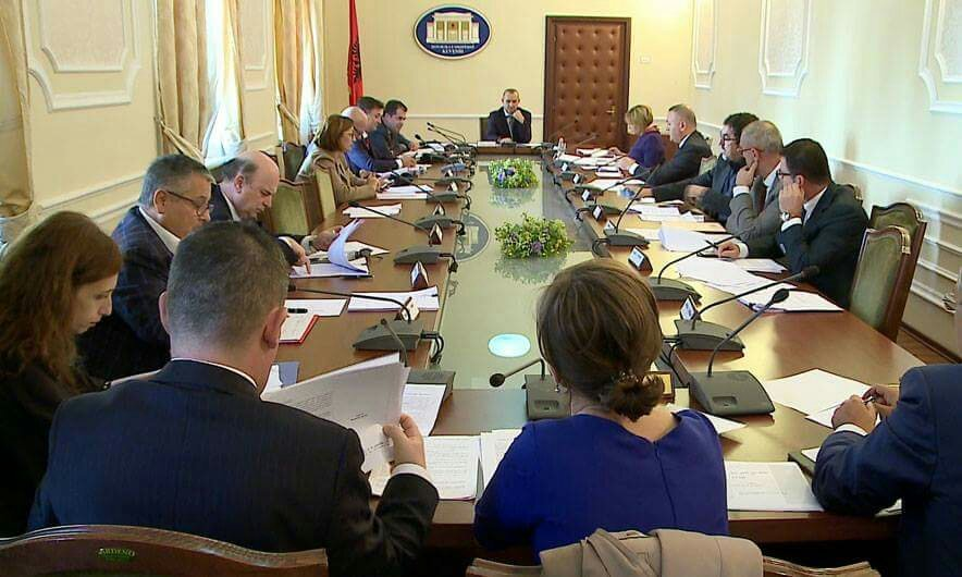 """""""Minoritetet"""", ndryshon projektligji, tashmë Shqipëria bëhet me 9- të minoritete"""