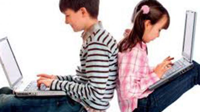 Fëmijet dhe interneti: Ja çfarë thonë statistikat për mbrojtjen e kërcënimeve në internet…