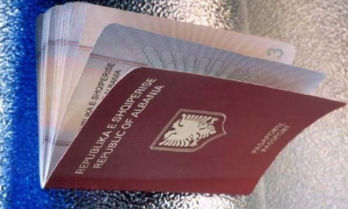 Skadimi i pasaportave; Askush nuk lejohet të dalë jashtë vendit në 3 muajt e fundit