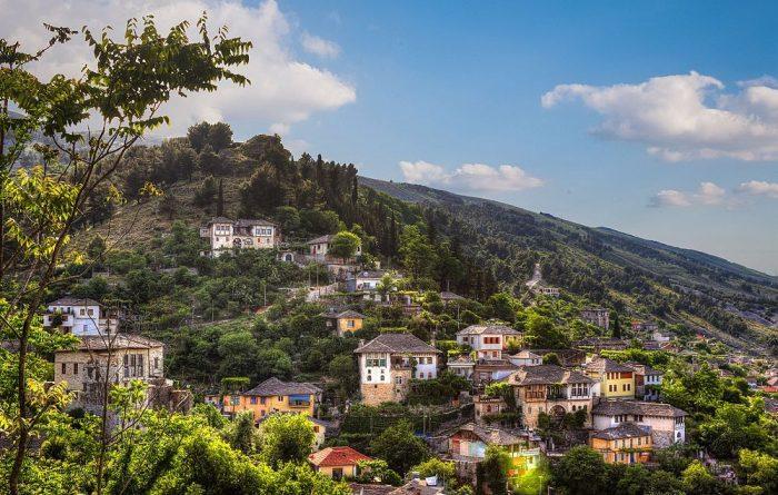 Shkodër: Banorët braktisin fshatin Obot