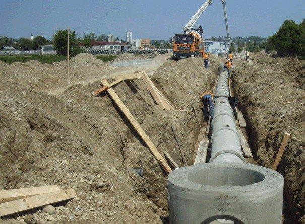 Durrës Kallm, mungesa e infrastrukturës largon pushuesit