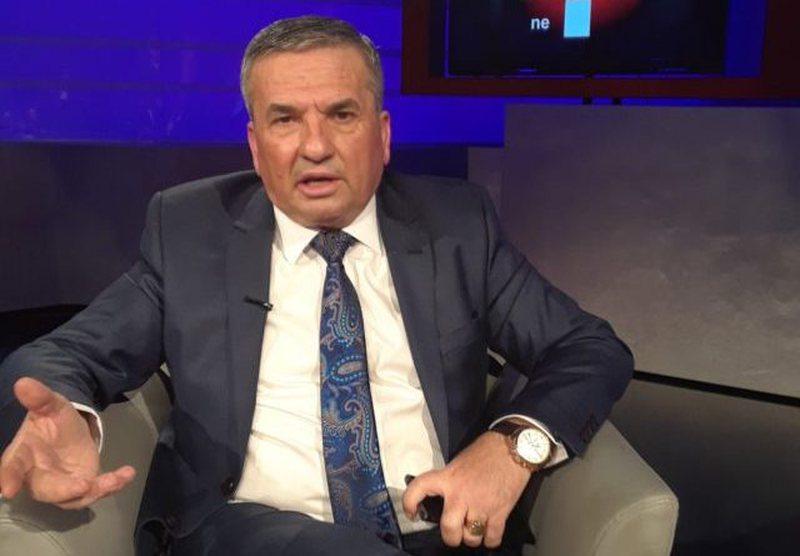 Idajet Beqiri zbulon bisedën që fundos Sali Berishën, ja çfarë i tha Azem Hajdari babait të Fatmir Haklajt për vrasjen e Shkëlqimit