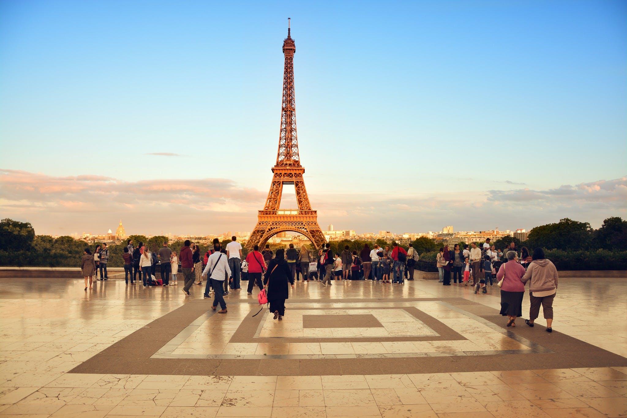 Franca në prag të një izolimi të ri kombëtar, Parisi ndër qytetet më të rrezikuar