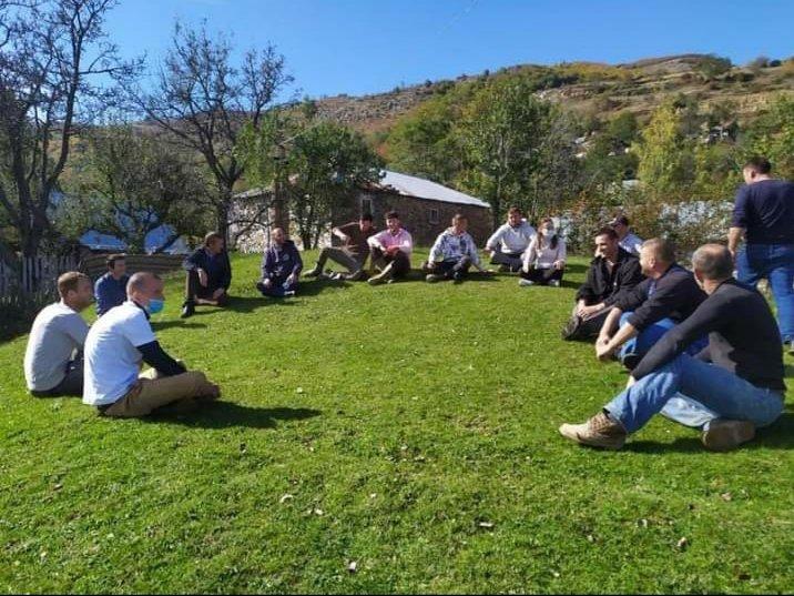 """""""Duam rol më aktiv në vendimarrje"""" Aktivistët komunitarë të Kukësit presin prej kohësh takim me kryetarin e Bashkisë."""