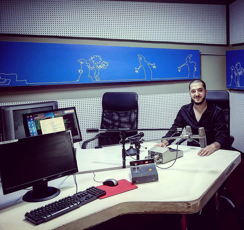 """Ne romët kemi emër – Reagon gazetari i komunitetit rom për termin """"maxhup-gabel"""""""