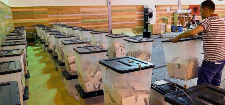 Sherre dhe konflikte gjatë numërimit të votave në disa qendra numërimi