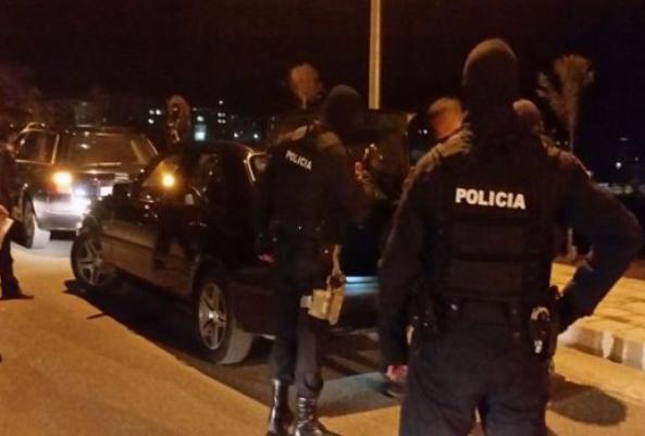 Vrau shokun e tij me armë, vetëdorëzohet autori Marjus Dema